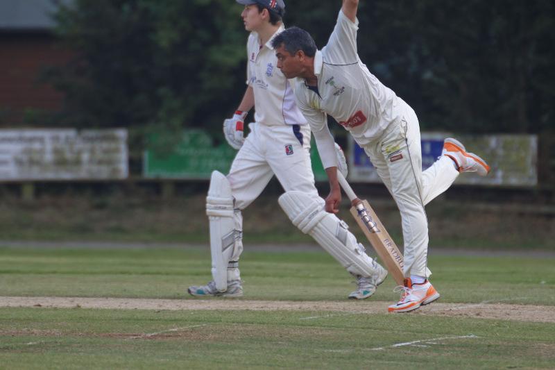 mount cricketer bowls