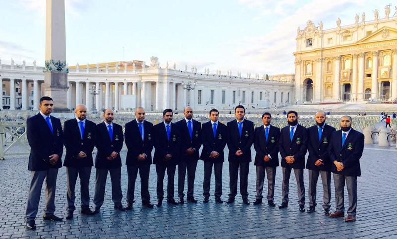 mount cricket club visit the vatican