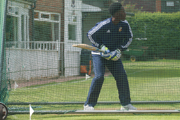 hanging heaton allrounder shkym haynes bats in the nets