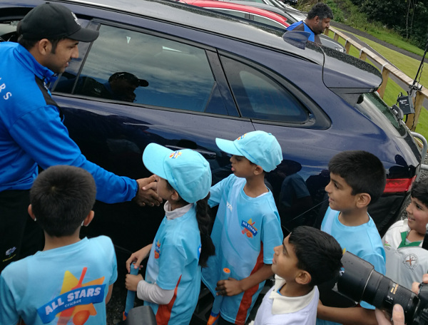 Yorkshire Vikings sarfaraz ahmed meets young fans at Bradford Park Avenue