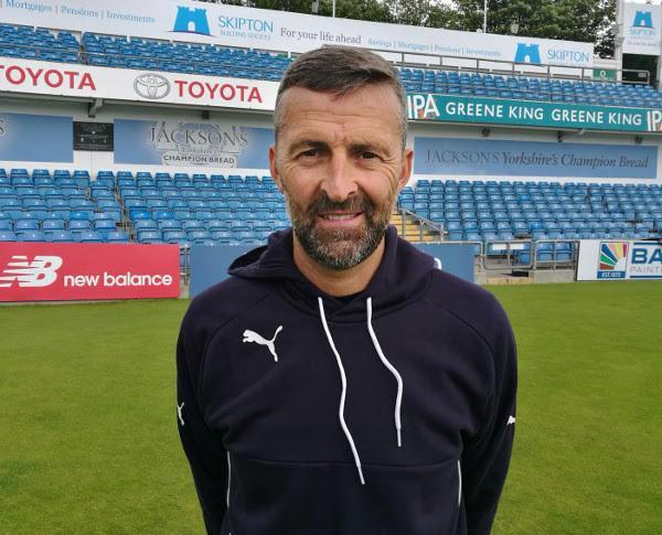 Yorkshire Diamonds coach Paul Grayson