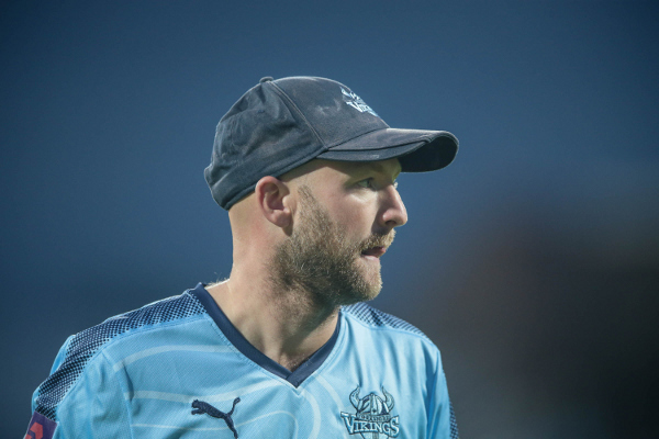 ADAMLYTH IN YORKSHIRE VIKINGS BLUE SHIRT AND CAP