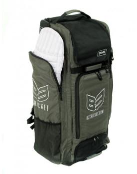 B3 cricket bags