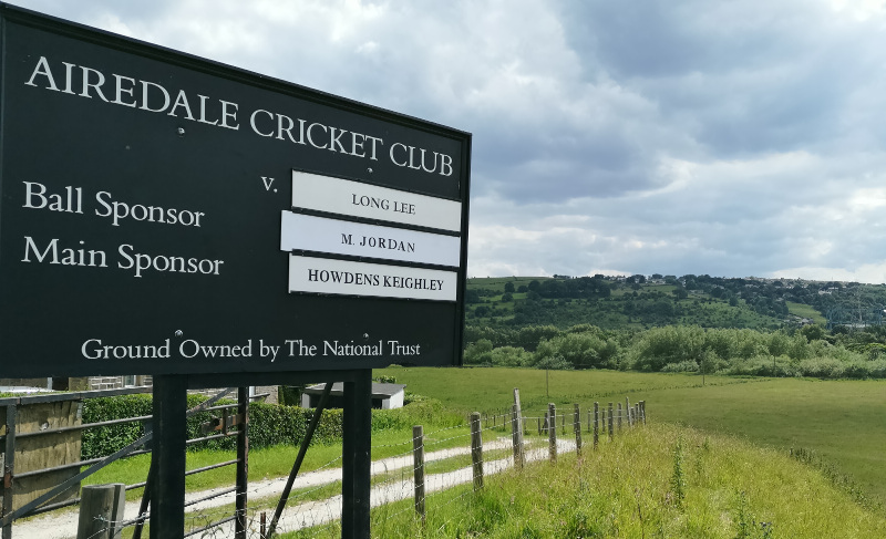 Airedale cricket sign