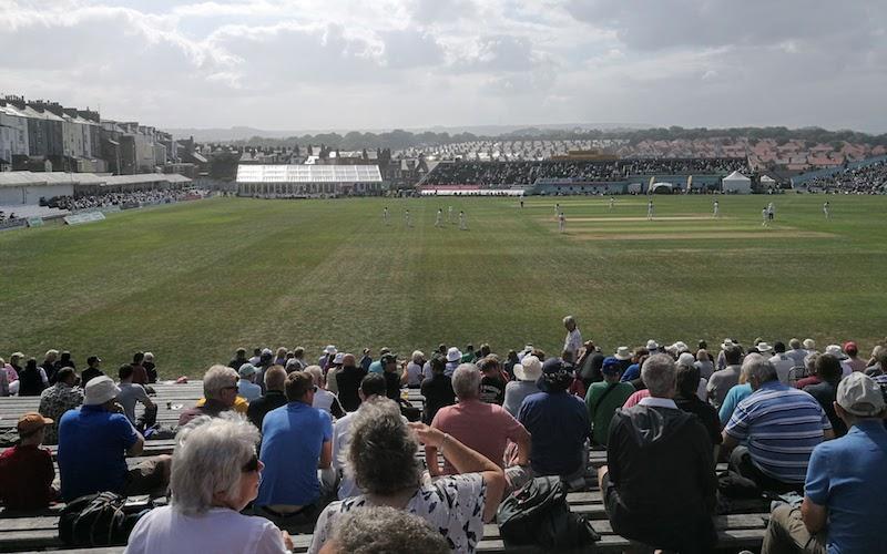 Scarborough Cricket Club - Popular Bank seats